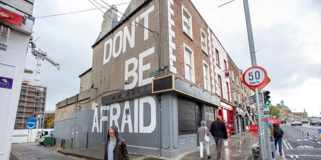 Ierland gaat in lockdown vanwege coronavirus, scholen blijven wel open