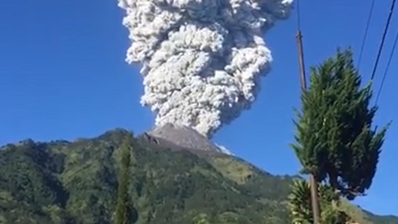 Bewoners Java moeten evacueren om dreiging vulkaanuitbarsting
