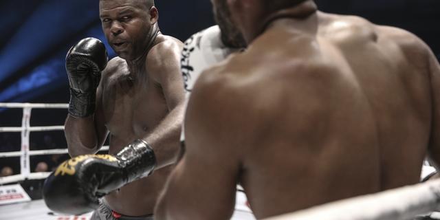 Kickbokser Wilnis loot bij Glory-toernooi in Ahoy tegen Slowaak Mozny