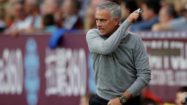 United-spits Lukaku neemt het op voor bekritiseerde 'familieman' Mourinho