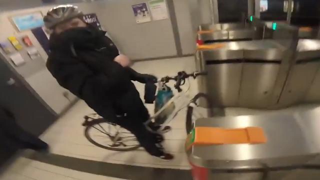 Mountainbiker achtervolgt en confronteert fietsendief in Dublin