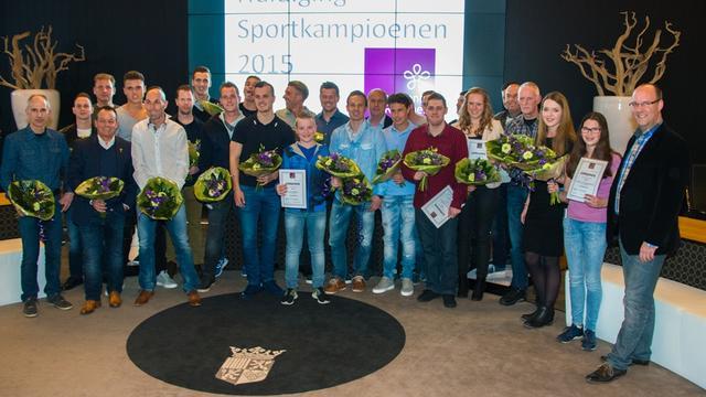 Gemeente Rucphen huldigt sportkampioenen