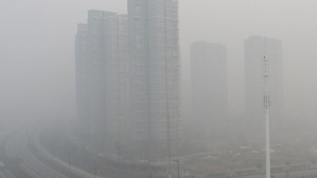 Peking geeft voor het eerst 'code rood' vanwege smog