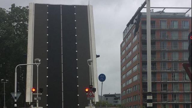 Julius Caesarbrug in Leiden al drie dagen in storing