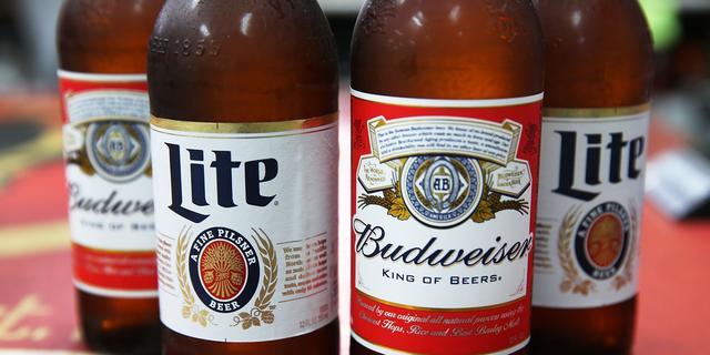 Tiener met naam Bud Weisser breekt in bij brouwerij Budweiser