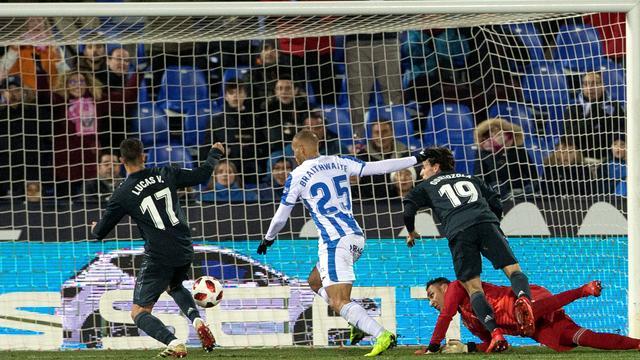 Real ondanks nederlaag door in beker, Strootman trefzeker voor Marseille