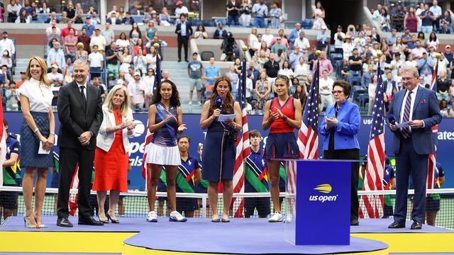 Het podium na de finale.
