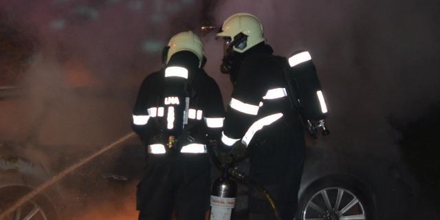 Vier auto's in brand gevlogen in Nootdorp