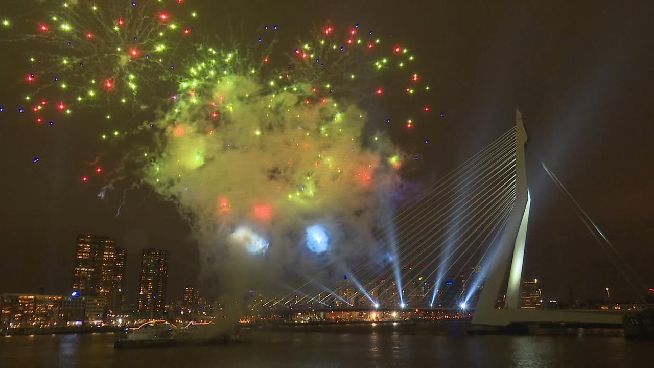 Rotterdam viert jaarwisseling met kindervuurwerkshow