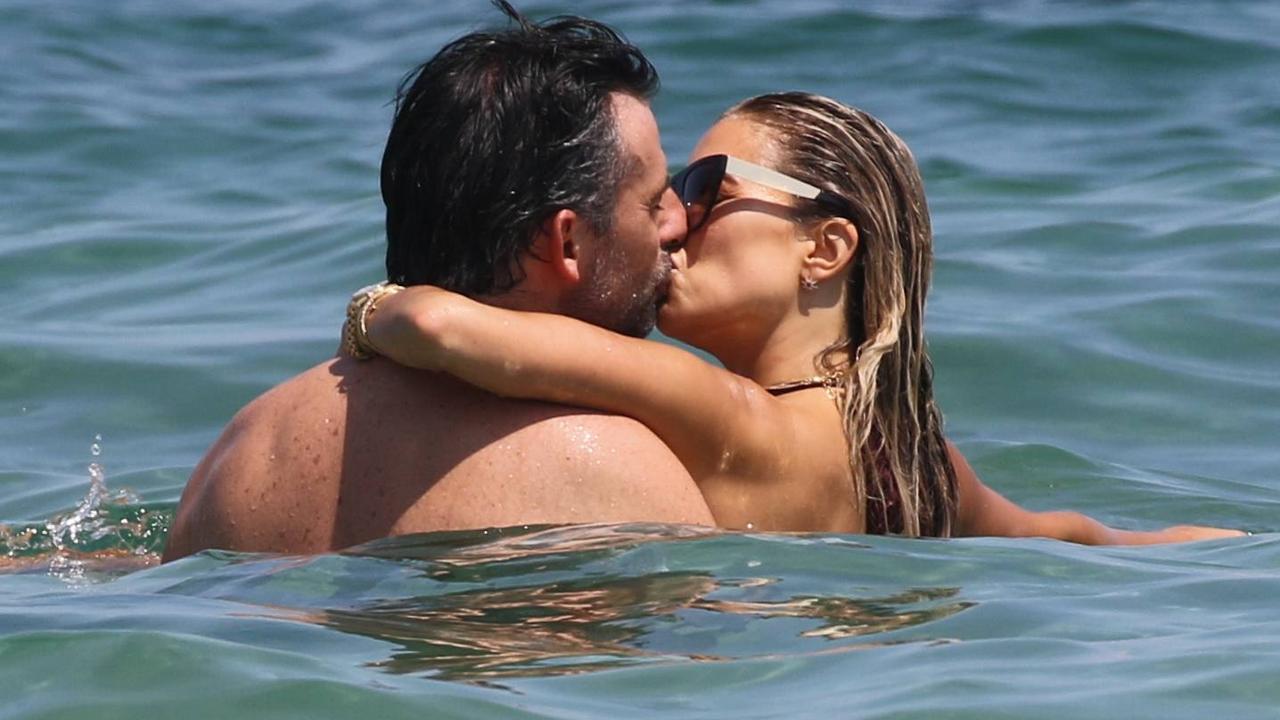 Van Der Gijp Marries These Celebrities Canceled Wedding Because Of Corona Teller Report