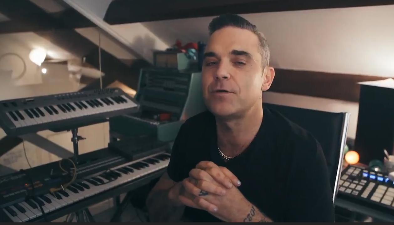 Robbie Williams kondigt aan dat hij headliner is op festival