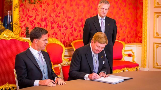 Royal Dutch Holding mag zich niet koninklijk noemen