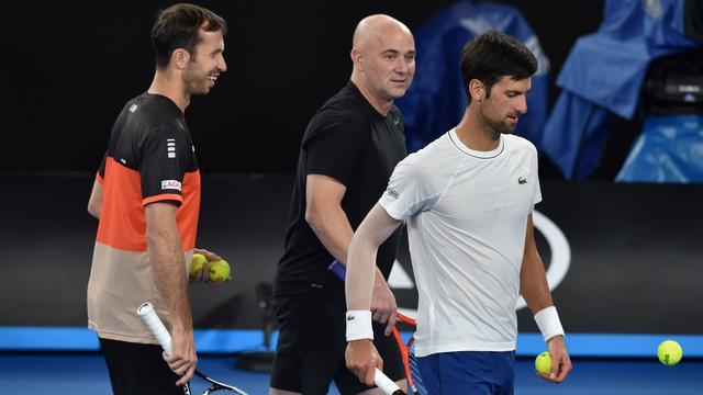 Djokovic neemt na breuk met Agassi ook afscheid van coach Stepanek