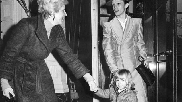 Ex-vrouw David Bowie verlaat Big Brother-huis