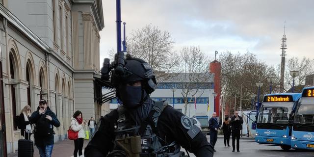 Gearresteerde mannen bommelding station Zwolle niet meer verdacht