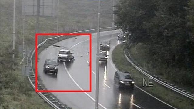 File op A10 richting Amstel na botsing ongeluk bij Watergraafsmeer