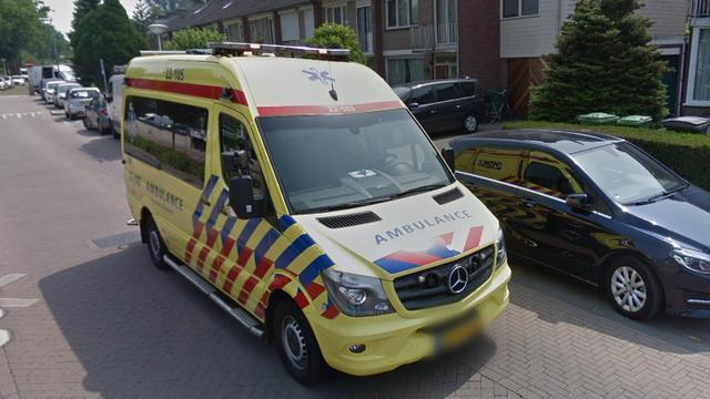 Fietser gewond bij aanrijding met bedrijfswagen inKleverpark