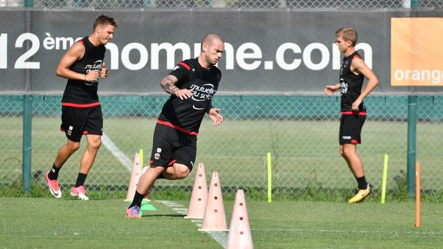 Nice nog zonder niet fitte Sneijder tegen Napoli