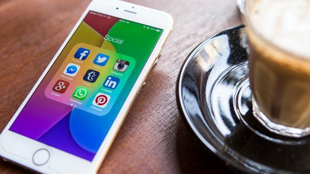 iPhone krijgt OLED-scherm volgens president Sharp
