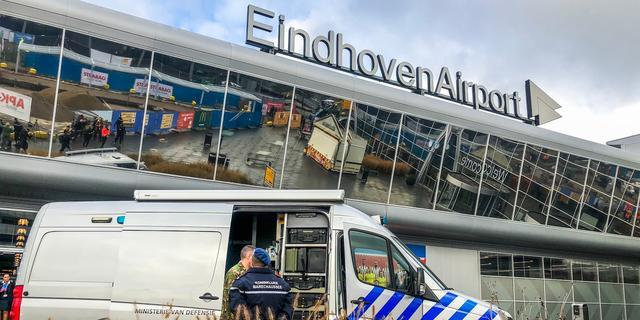 Man met 23.000 euro in handbagage aangehouden op Eindhoven Airport