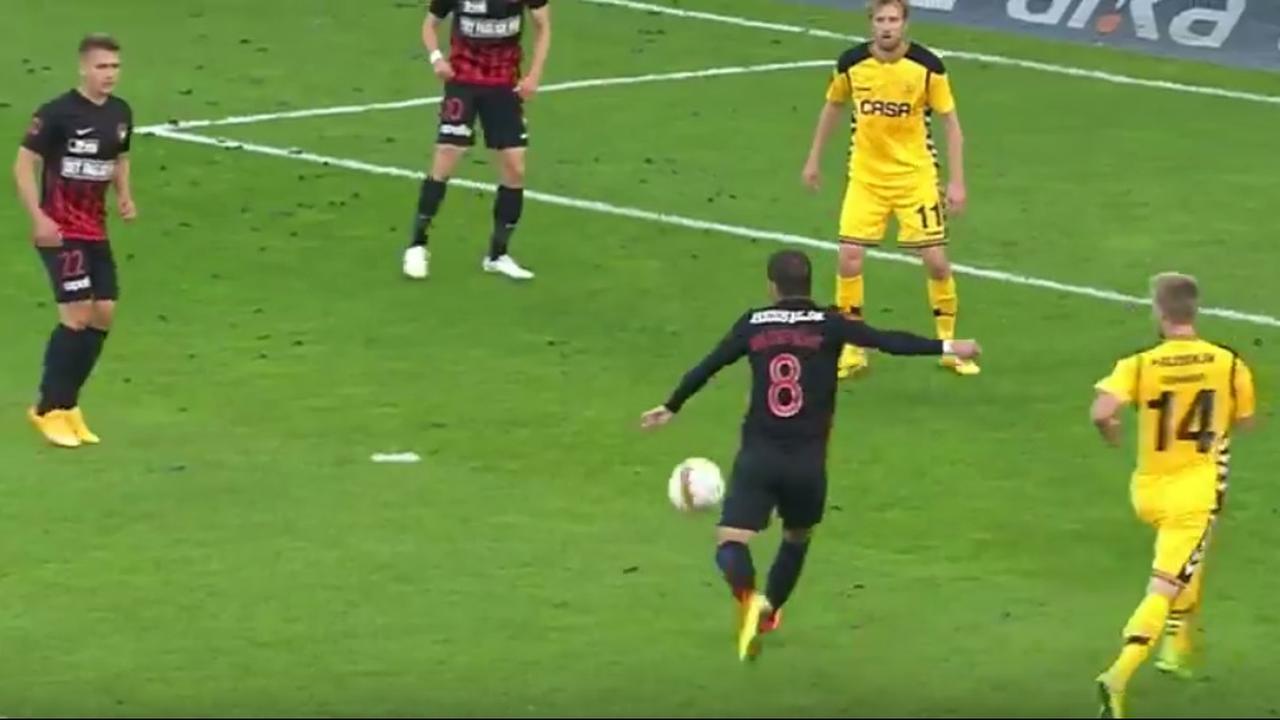 Van der Vaart maakt eerste treffer voor FC Midtjylland