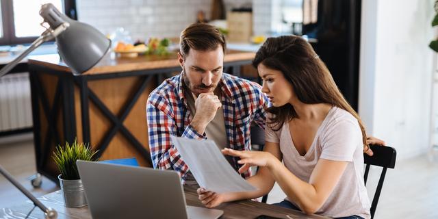 Hoe los je een gezamenlijke lening af wanneer je gaat scheiden?