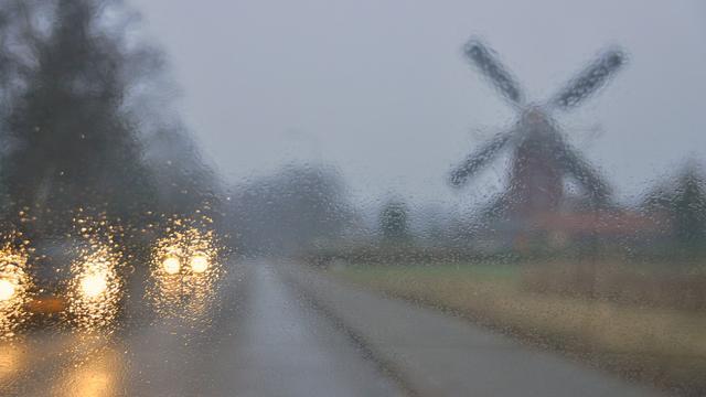 Weerbericht: Regen en vooral in het oosten heel veel regen