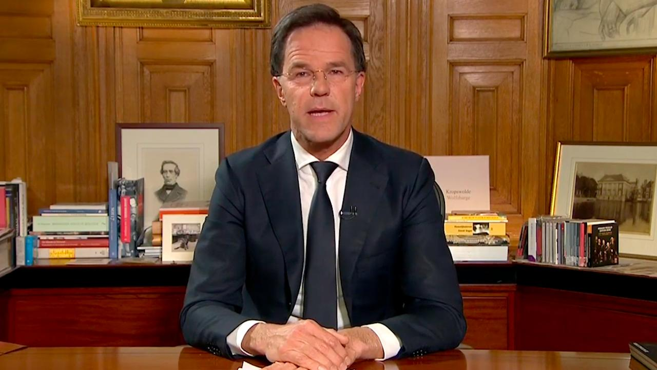 """Toespraak minister president Mark Rutte coronavirus: """"het is allemaal heel ernstig, maar vadertje staat zorgt voor u"""""""