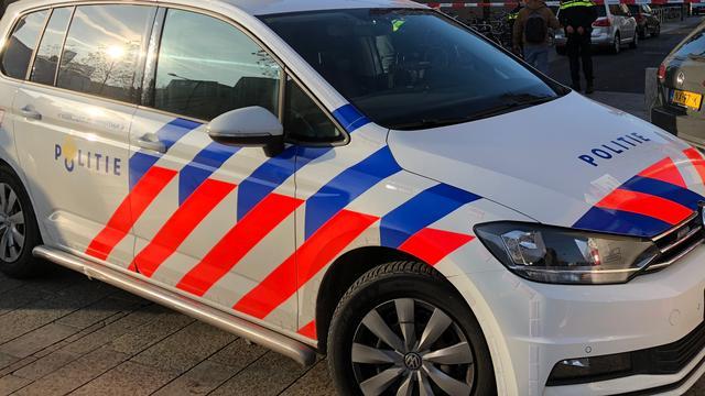 Politie zoekt getuigen autobranden Erasmusweg en Dr. Schaepmanstraat