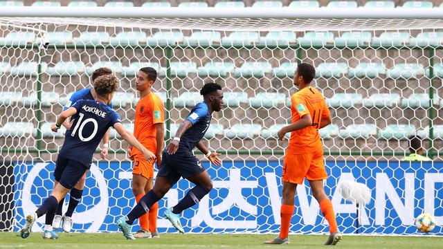 Oranje onder 17 grijpt naast WK-brons door verlies tegen Frankrijk