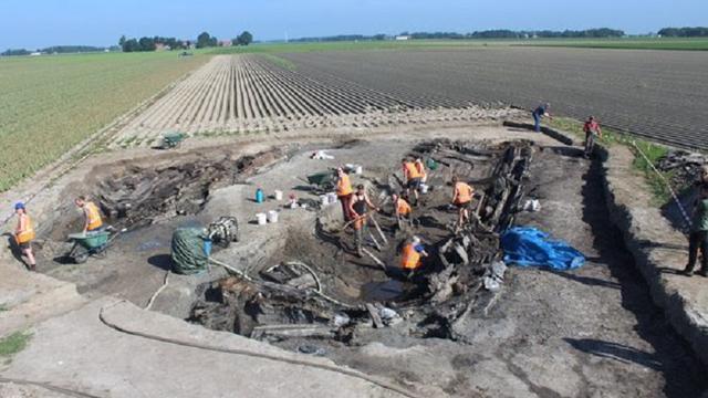 Opgravingen achttiende-eeuws schip in Noordoostpolder begonnen