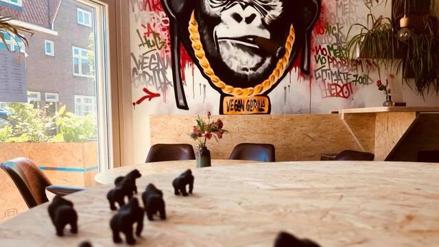 Veganistisch restaurant The Vegan Gorilla in Lombok opent deuren
