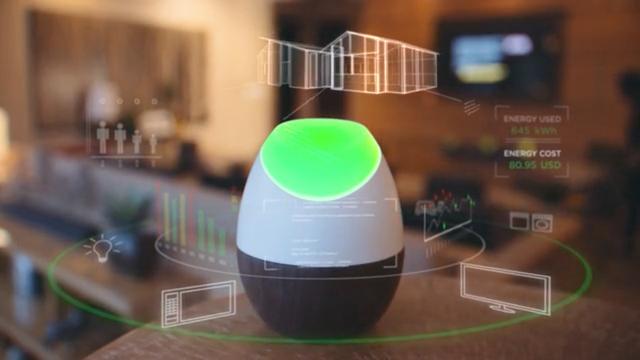 Slimme lamp geeft stroomverbruik met kleuren weer