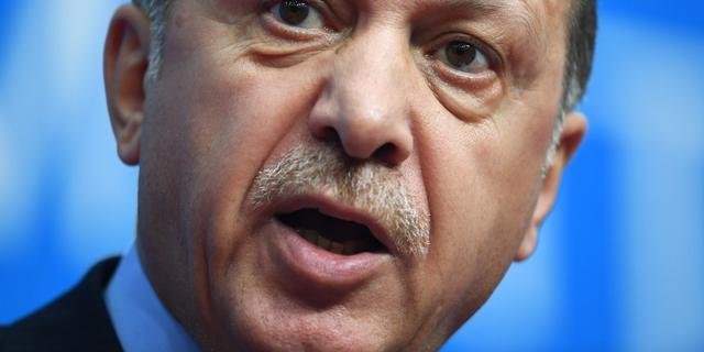Turkse moskeekoepels in Nederland uiten kritiek op Erdogan