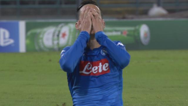 Napoli mist drie grote kansen op tweede treffer