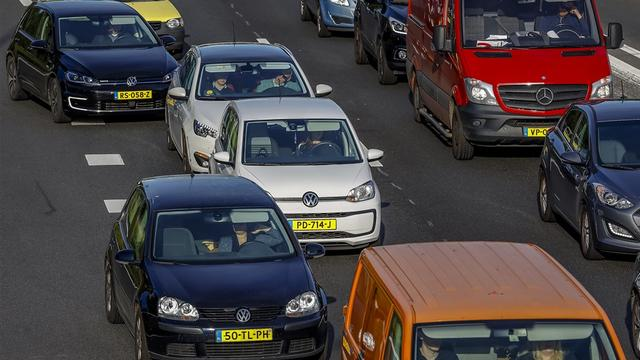 NUcheckt: Drie kwart CO2-uitstoot Europees transport komt van wegverkeer