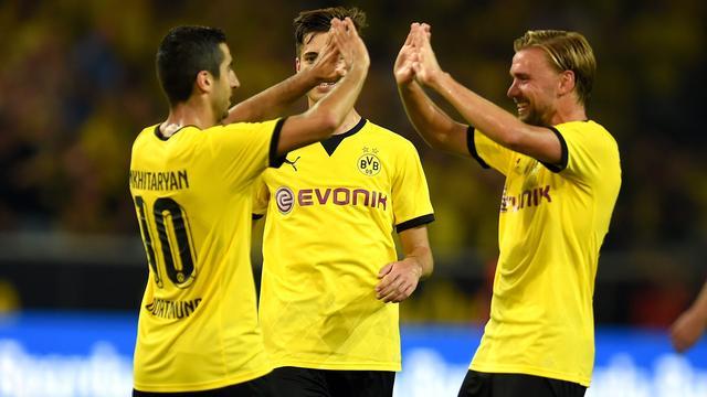 Borussia Dortmund overtuigend naar play-offs, Sampdoria redt het niet