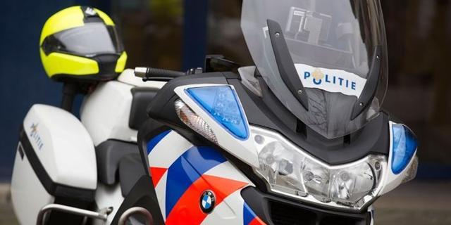 Jongeren bekogelen motoragenten met stenen tijdens achtervolging Utrecht
