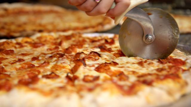 Bezorgde medewerkers Amerikaanse pizzeria redden leven vaste klant