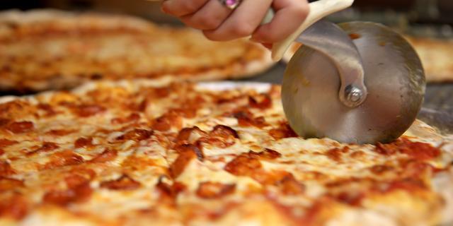 Pizza's moeten jeugd warm maken voor Jongerenraad