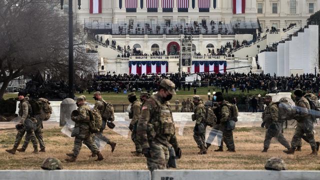 Om de inauguratie veilig te laten verlopen, waren 25.000 reservisten van de Nationale Garde aanwezig in Washington.