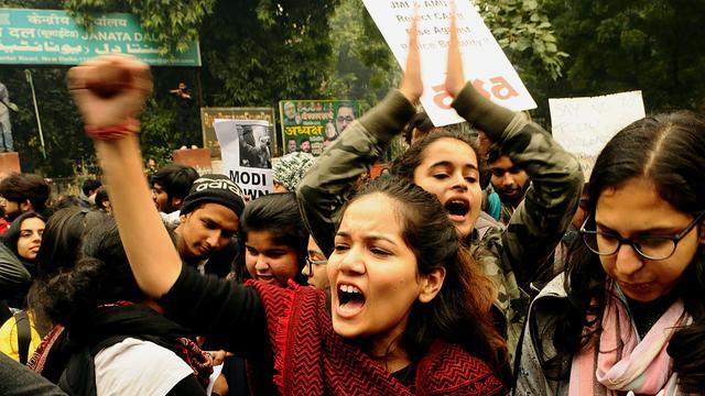 Dodental rellen India opgelopen tot 37, kritische rechter overgeplaatst