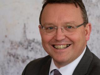 De Vries is de opvolger van Sibrand Poppema