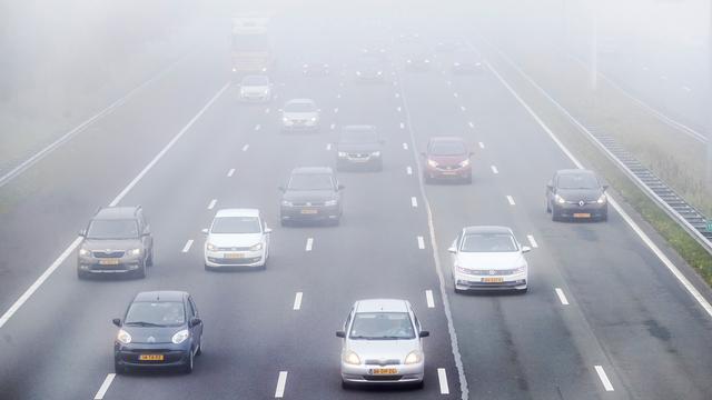 Zware mist zorgde woensdagochtend voor gevaarlijke situatie op wegen