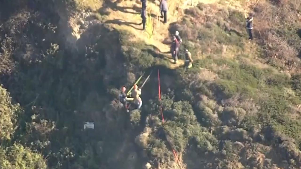 Hulpdiensten redden wandelaars van klif bij San Francisco