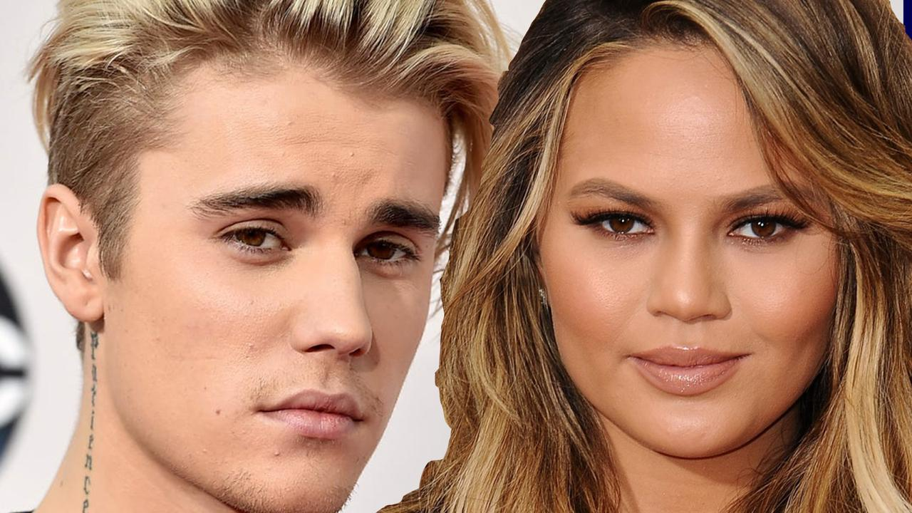 Op Insta: 'Fans laten Bieber vallen' | Dit mist Chrissy Teigen