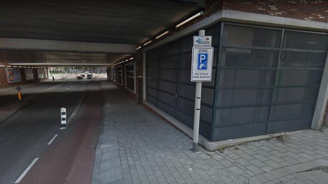 Supermarkt Coop opent winkel onder station Utrecht Vaartsche Rijn