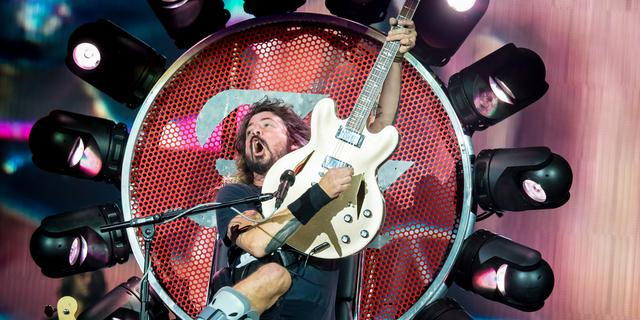 Recensie: Rockkoning Dave Grohl krijgt Ziggo Dome aan zijn voeten