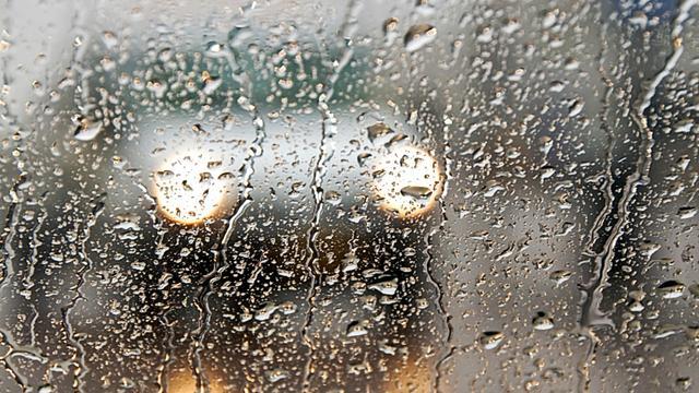 Noodweer zorgt voor hinder in zuiden van Limburg