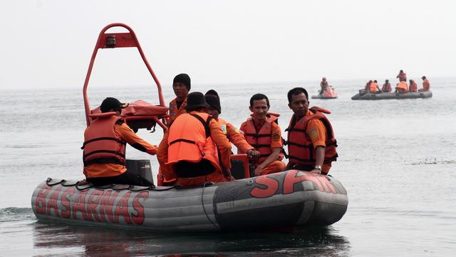 Tientallen vermisten na kapseizen boot in Indonesië